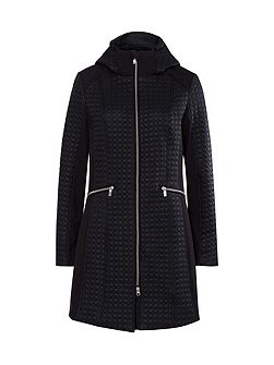 Delicate pattern quilted coat