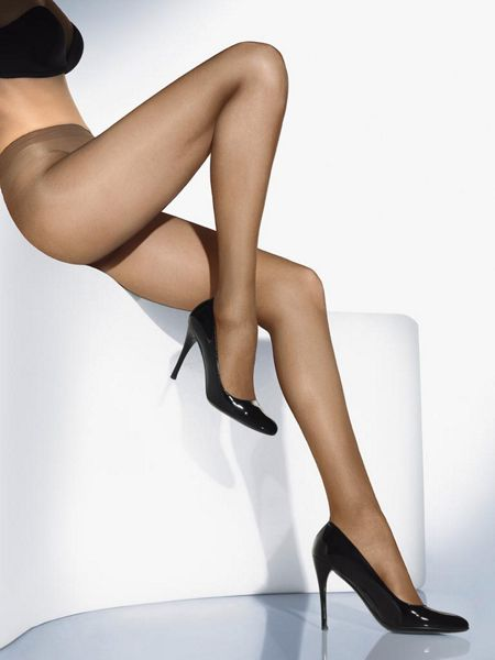 Wolford Perfect 30 denier semi sheer tights