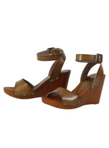 Betsy Wooden wedges