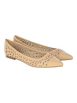 Natural Flat Point Cut Out Shoe
