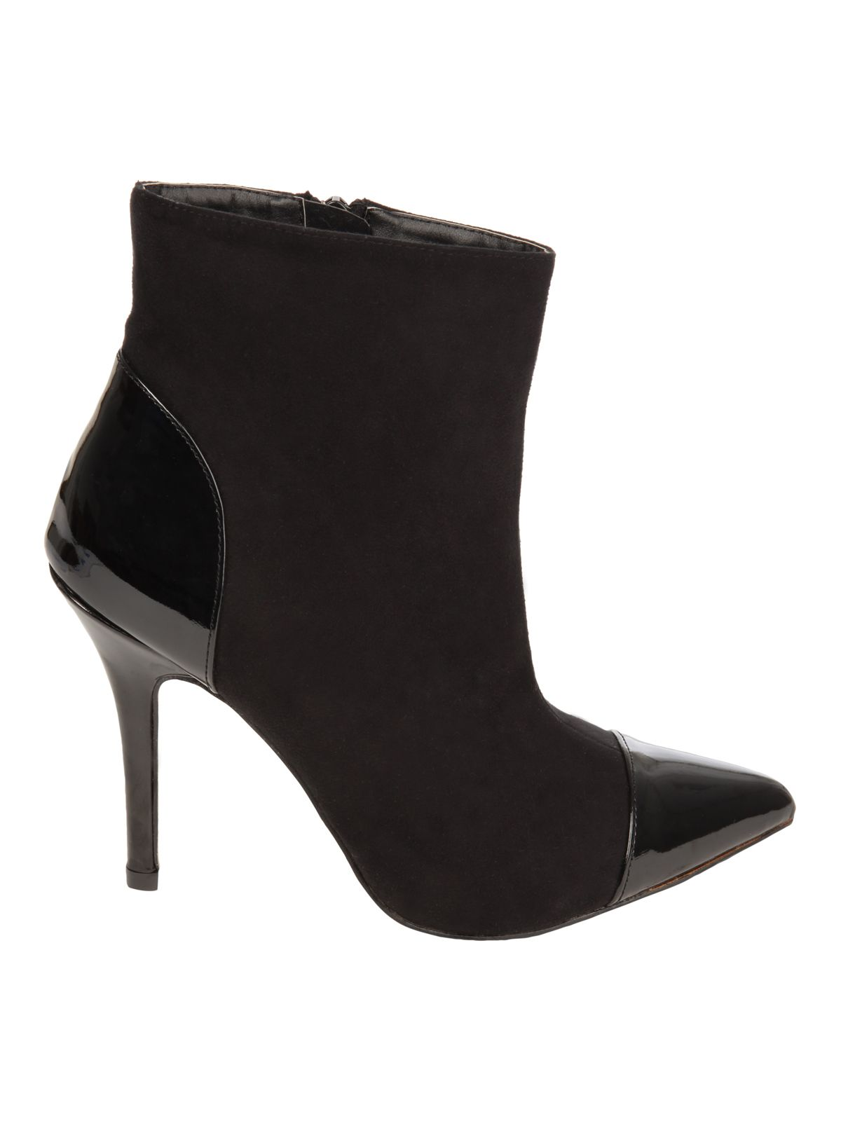 Black pointed ankle boot