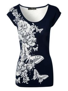 Printed Lace Back t-shirt