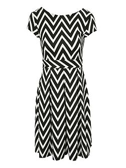 Zig zag skater dress