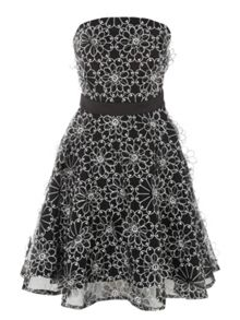 Black & White Lace Daisy Prom Dress