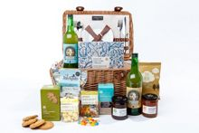 National Trust A day at the beach picnic hamper