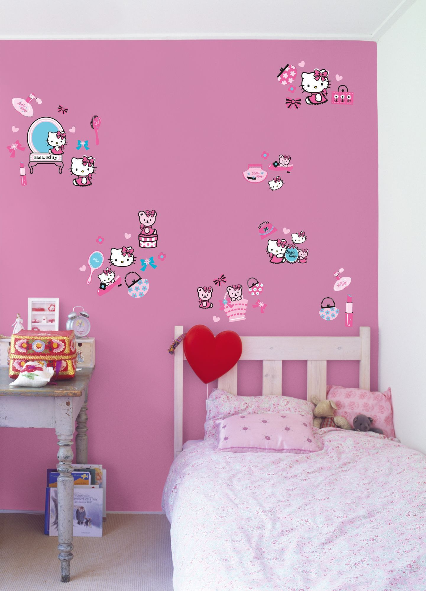 Hello Kitty Small Wall Sticker