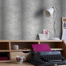 Graham & Brown Grey leopard wallpaper