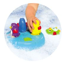 Tomy Poppin` penguin island bath game