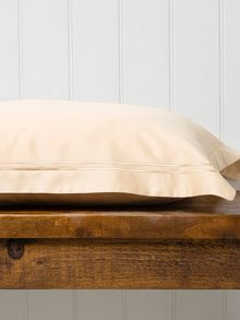 Satin stitch king fitted sheet gold