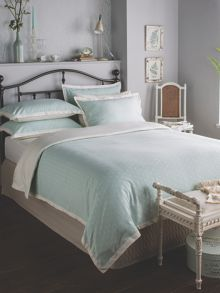 Ditton Hill Jasmine duvet set