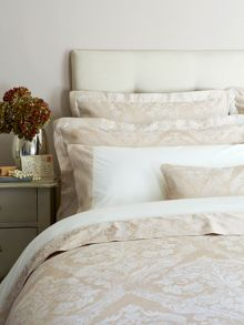 Byron super king bedspread gold