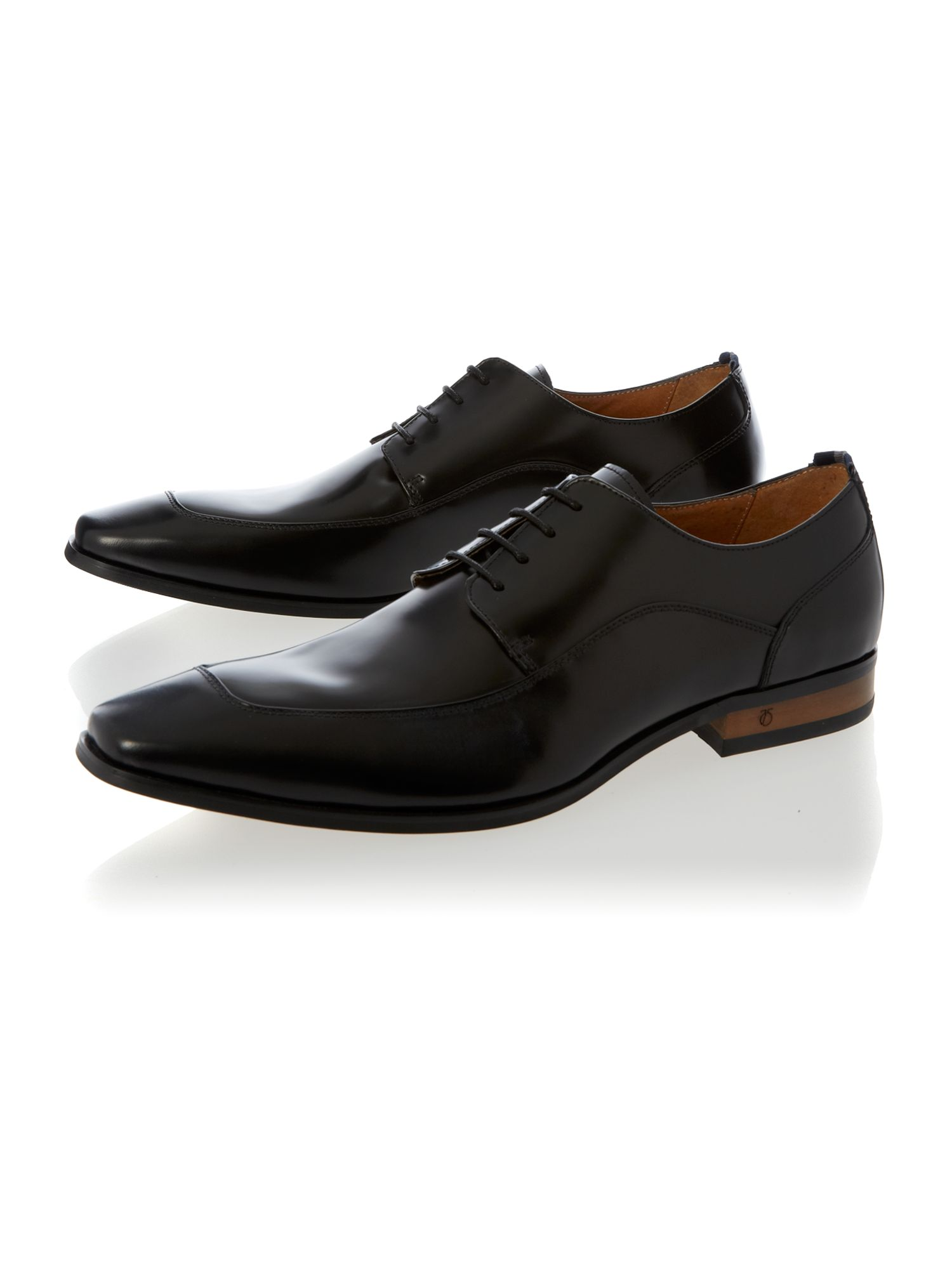 Graham chiseled toe leather derby
