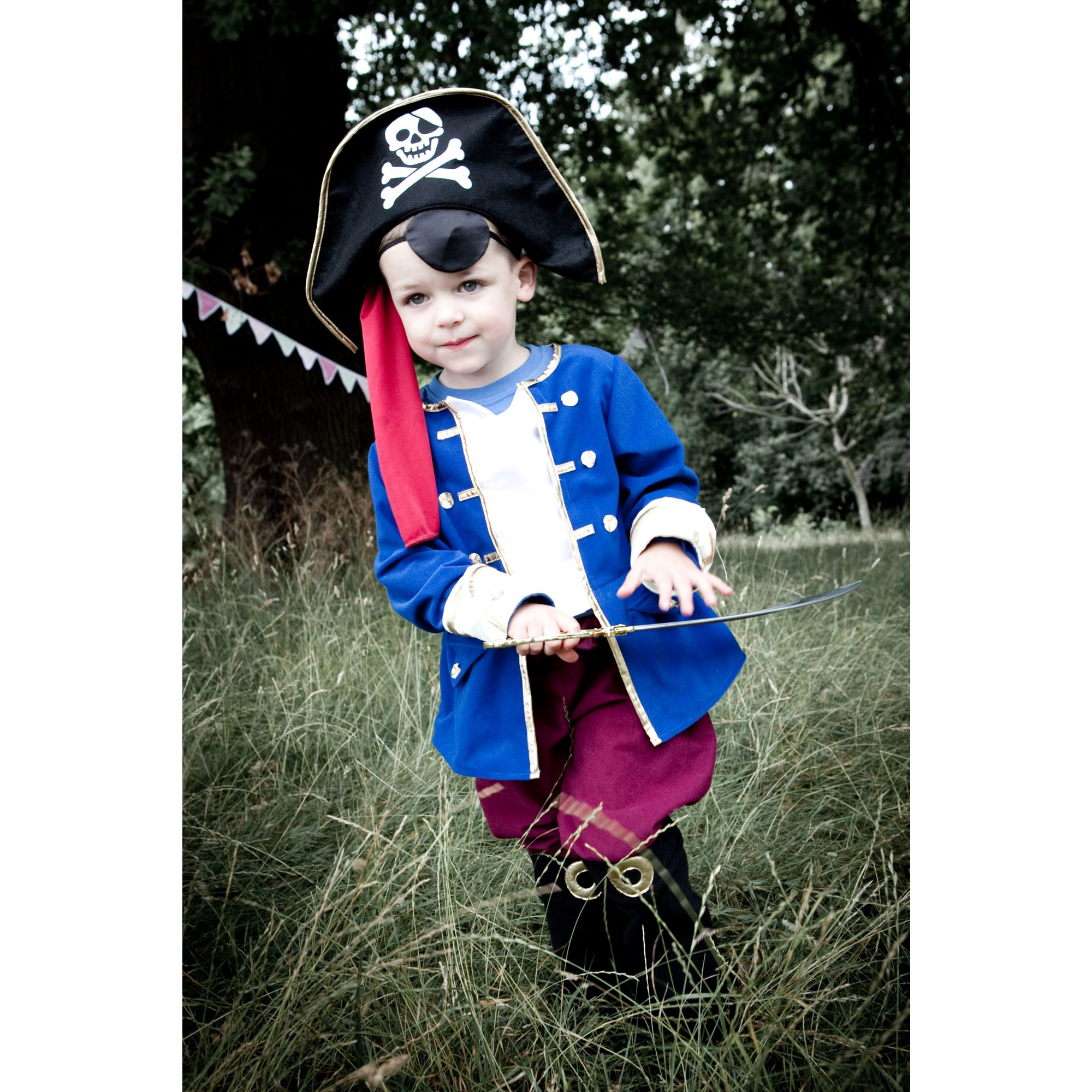 Captain pirate dress up 6 - 8