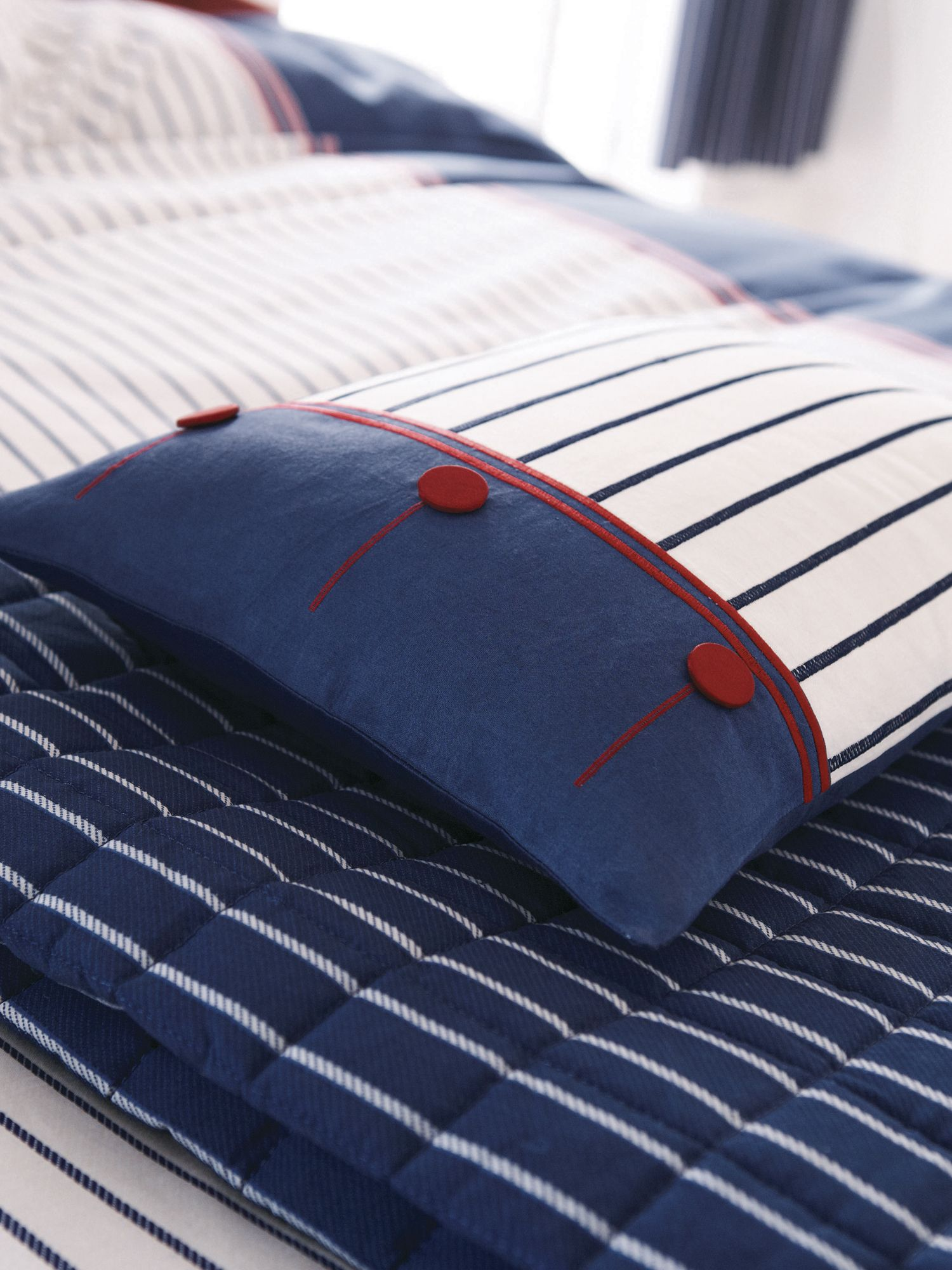 Seaside air cushion 30x40 navy