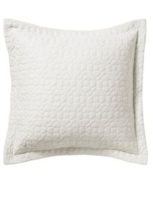 Bliss bed layering