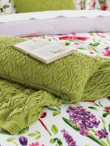 Sanderson Spring flowers knitted throw 150x200cm green