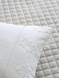 Beaumont throw double/ king silver