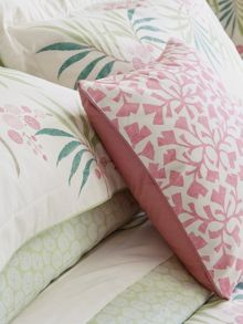 Arberella/Batik leaf cushion 40x40cm rose