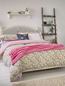 Julie Dodsworth Time to nest duvet cover set