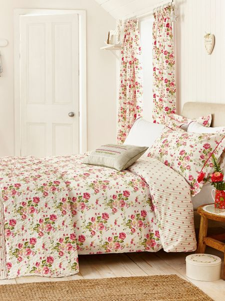 Julie Dodsworth Little maid duvet cover set