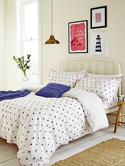 Painted shells duvet cover