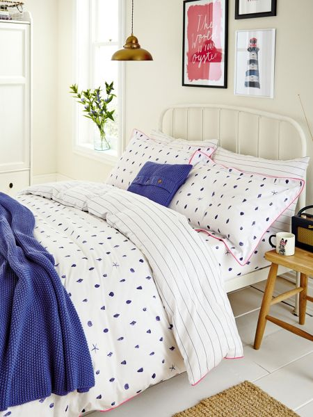 Joules Painted shells oxford pillowcase