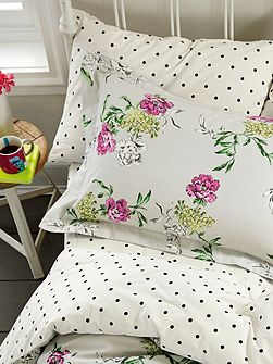 Buckingham floral housewife pillowcase