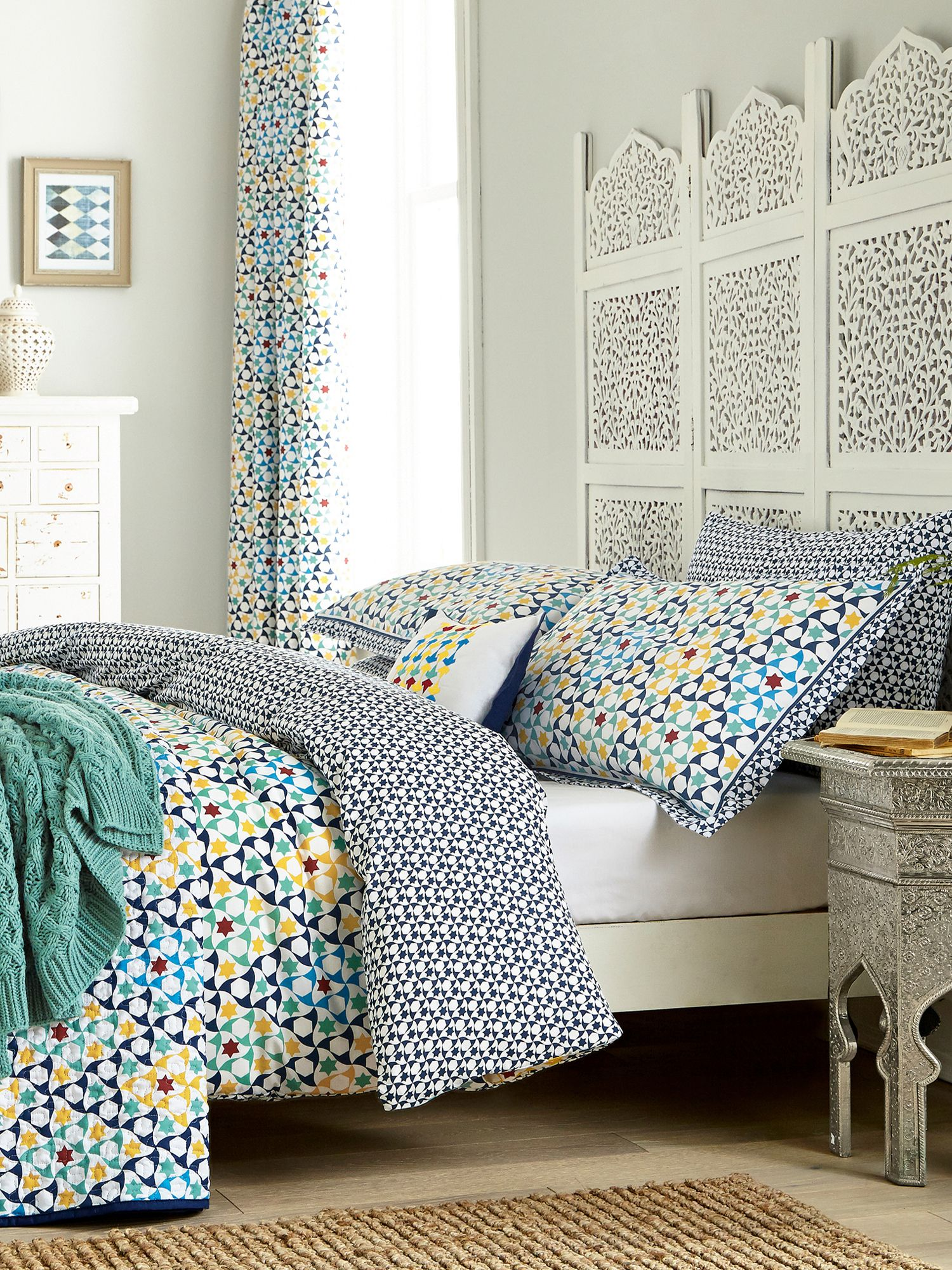 Image of V&A Alhambra duvet cover set