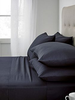 Plain dye fitted sheet
