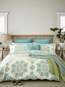 Echo Parvani duvet cover