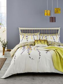 Clarissa Hulse Boston Ivy duvet cover