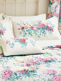 Sweet Williams housewife pillowcase pair