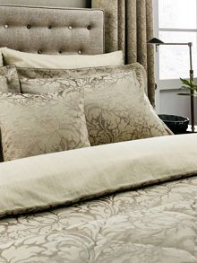 Sanderson Eleanor duvet cover mink
