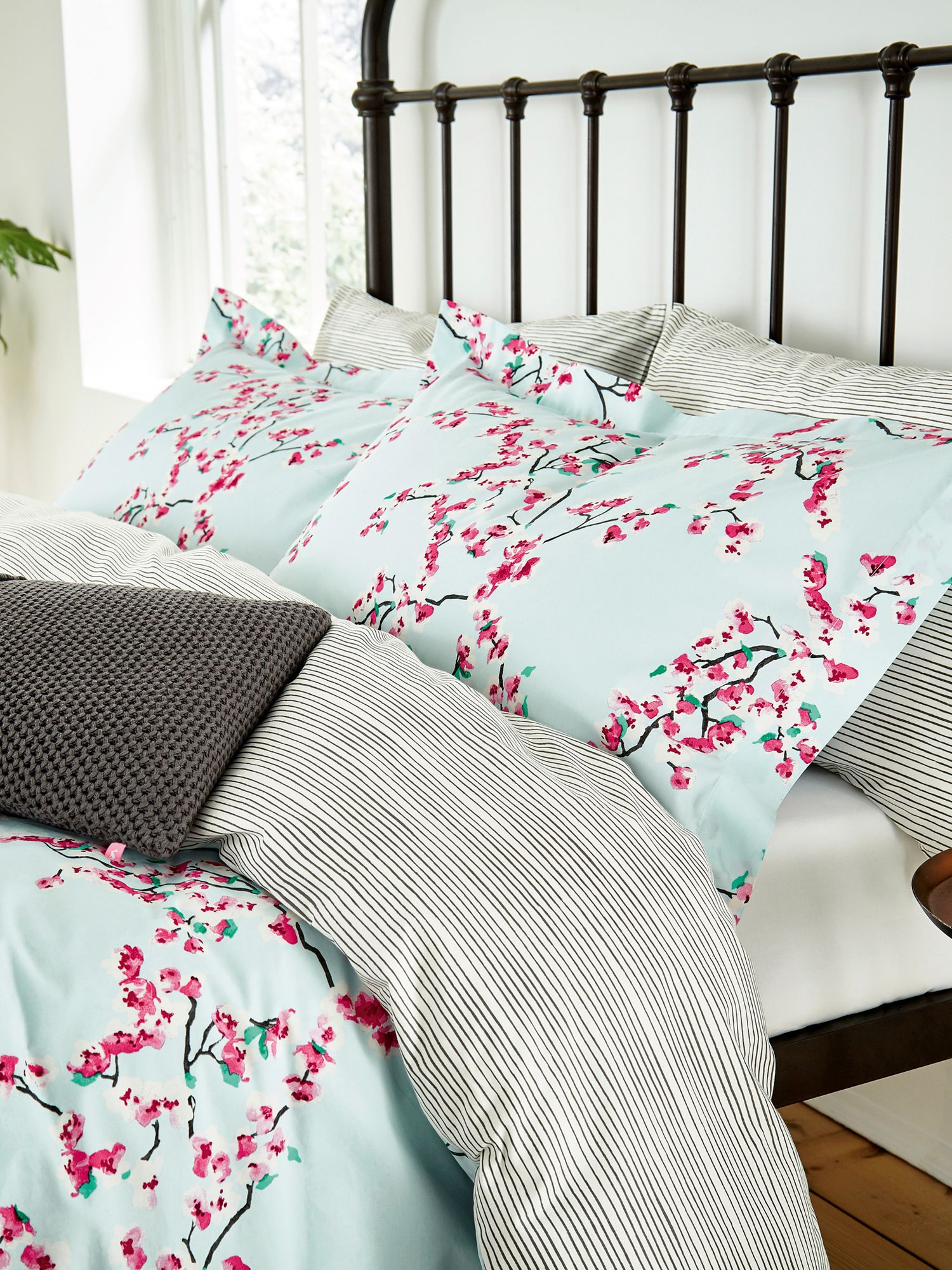 Image of Joules Blossom floral oxford pillowcase