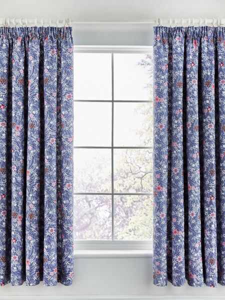 V&A Akimi curtain 66X72 blue