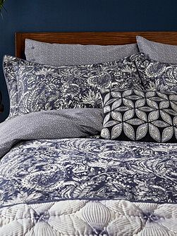 Renata oxford pillowcase