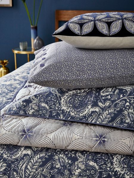 Bedeck 1951 Renata throw 150x200cm indigo