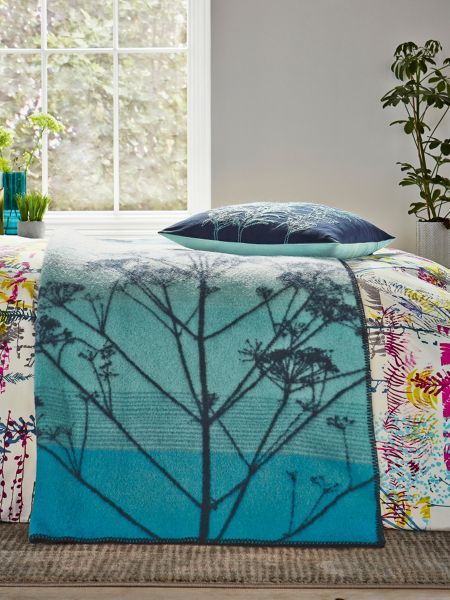 Clarissa Hulse Backing cloth blanket 130X200cm blue