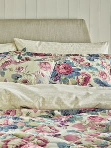 Sanderson Chelsea housewife pillowcase pair