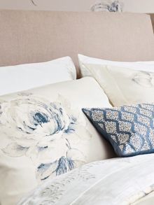 Sanderson Rosa oxford pillowcase
