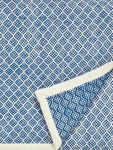 Joules Blue woven throw 150x200cm