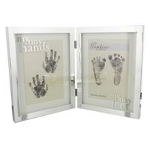 Bambino S/plated frame  tiny hands/feet
