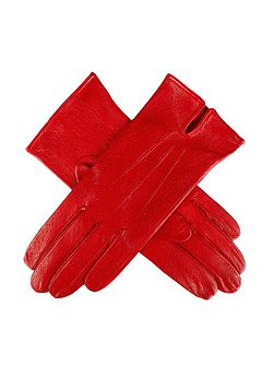 Unlined leather glove with top vent
