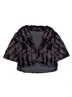 Women`s faux fur shrug