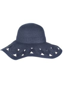 Large brim sun hat