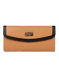 Ladies flap over purse with outer pocket