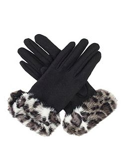 Women`s gloves with faux fur cuff
