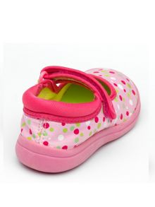 Girls Lulu Pink Canvas Shoe.