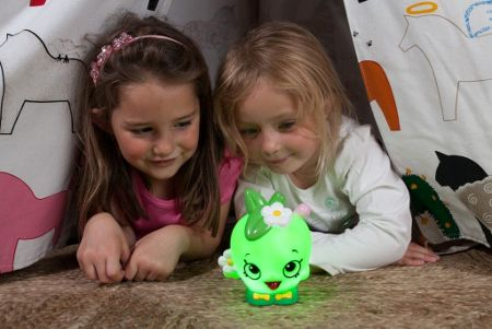 Shopkins Apple Blossom Colour Changing Light