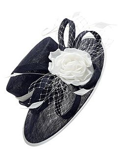 Contrast Flower Hat